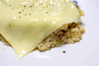 チーズのっけリゾットとろり