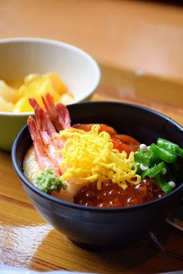 ニニヌプリ海鮮丼